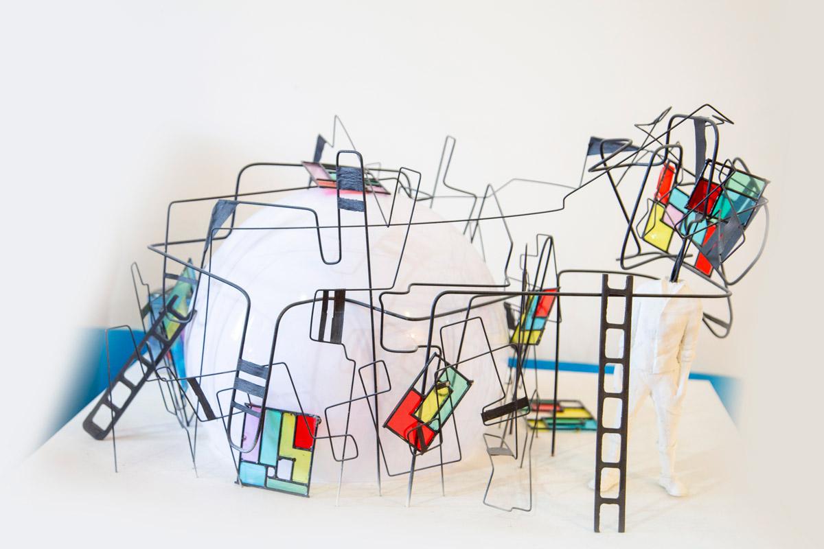 رنگ آمیزی و نقاشی ساختمان و دیوار مدرسه و مهدکودک